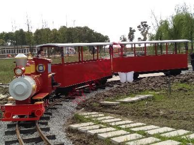 精品旅游必将打造一条属于自己特色的轨道交通小火车