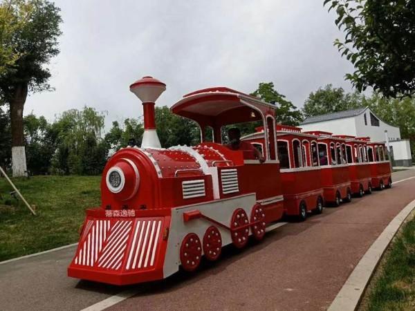 游乐园观光小火车