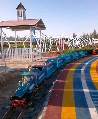 骑跨式观光小火车