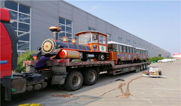 封闭车厢——DSW-D58FB封闭燃油观光小火车