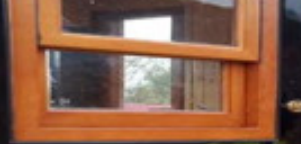 观光火车车窗