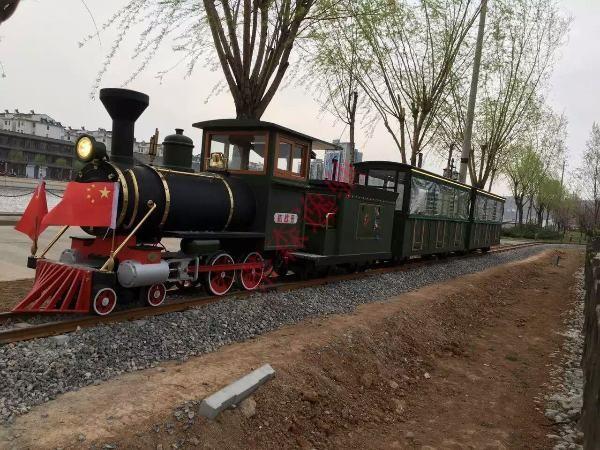 DST-G3-E36 36座红色旅游挑战者轨道小火车